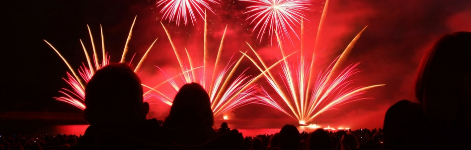 longleats spectacular fireworks displays are a favourite in the events calendar with different musical themes each year